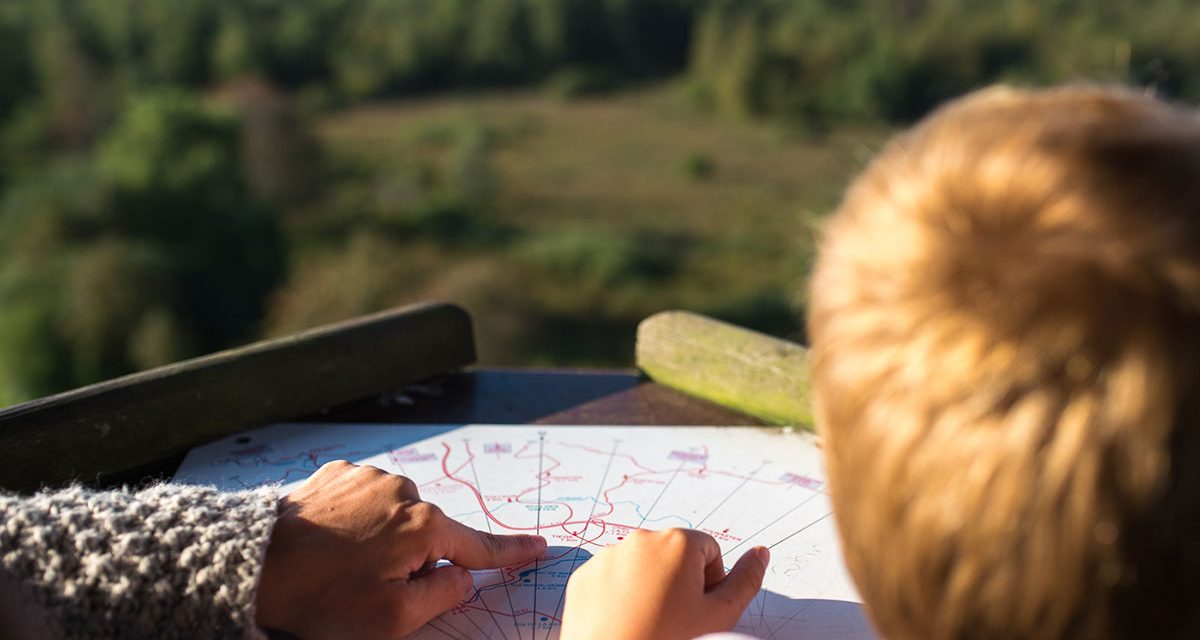 Teach your child between 3 and 6 years old to read a map