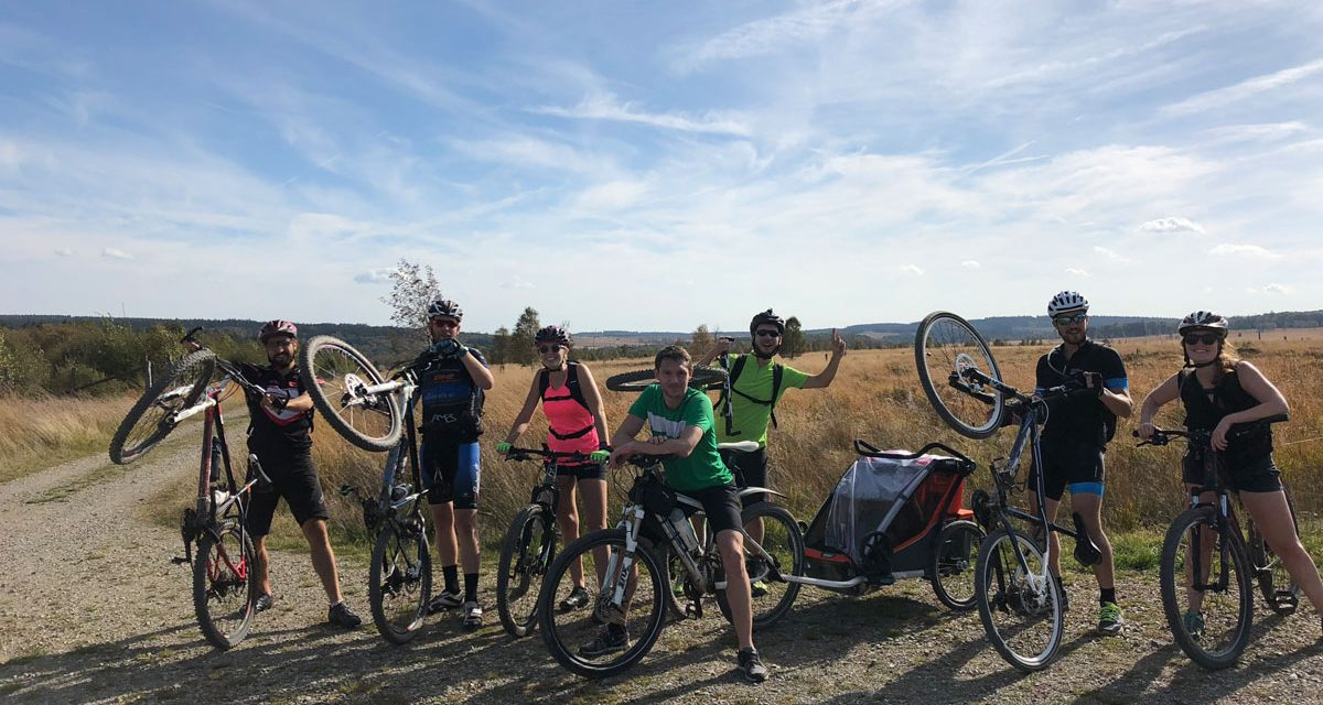 Cycling in the High Fens with a child trailer