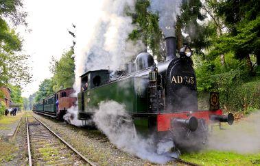 Chemin de Fer à Vapeur des 3 Vallées-Train touristique to Province of Namur