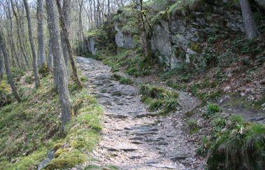 Balade pédestre: Hérou-Promenades pédestres balisées to Province of Luxembourg