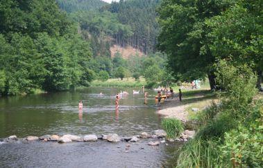 La plage de Maboge-Sports et loisirs to Province of Luxembourg