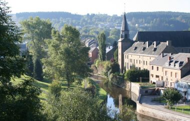 Houffalize-Ville to Province of Luxembourg