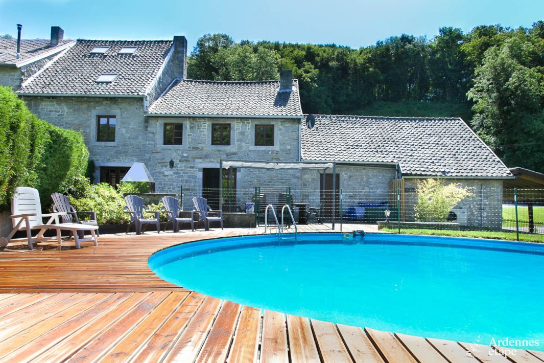 Charming Holiday Cottage For 9 Persons With Swimming Pool In Anthisnes