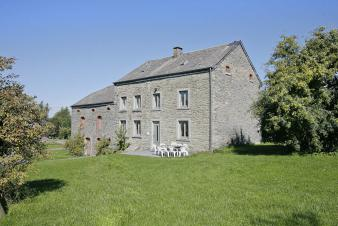 Beautiful 2 star village house for 12 people to rent in Bastogne
