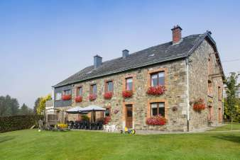 3.5-star rural holiday cottage for 14 persons to rent near Bastogne