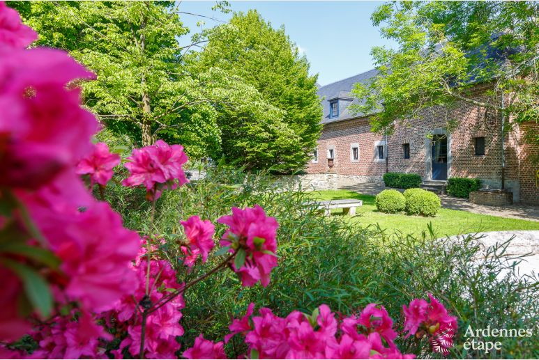 Pleasant holiday château to rent in a domain in Beauraing