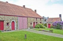 Small farmhouse in Beauraing for your holiday in the Ardennes with Ardennes-Etape