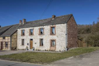 Holiday cottage in Beauraing for 4/6 persons in the Ardennes