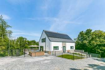 Luxury villa in Beauraing for 18 persons in the Ardennes