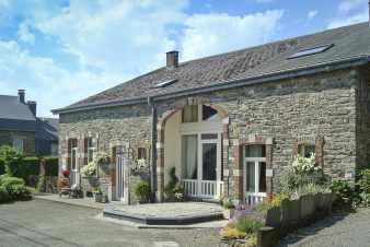 Typical holiday house for 15 people with sauna in Bertrix in the Ardennes