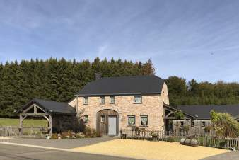 Luxury villa in Bièvre for 9 persons in the Ardennes