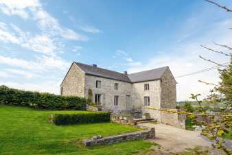 3.5-star family holiday cottage for 9 persons to rent in Bonsin