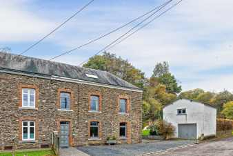 Holiday cottage in Bouillon for 9 persons in the Ardennes