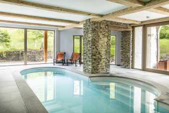 Luxury villa in Bouillon for 12 persons in the Ardennes