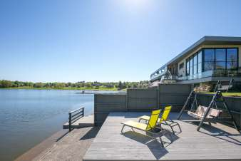 Luxury apartment on the edge of the Lake of Butgenbach