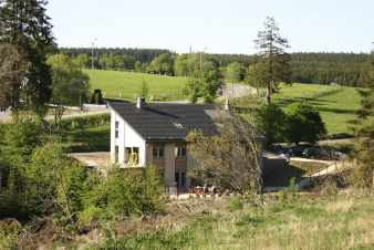 Holiday cottage with sauna and fitness room for 12 pers. in Bütgenbach