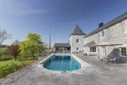 4-star holiday house with 2 swimming pools to rent in Cerfontaine
