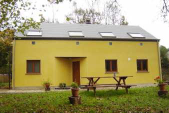 Holiday home in Chiny-sur-Semois for 4 people in the heart of nature