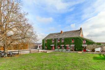Holiday cottage in Couvin for 16/18 persons in the Ardennes