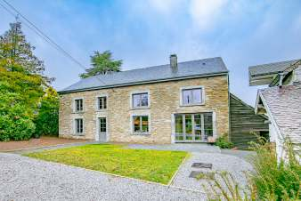 Holiday cottage in Daverdisse for 14 persons in the Ardennes