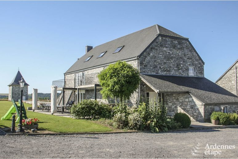 Holiday cottage in Dinant for 28 persons in the Ardennes
