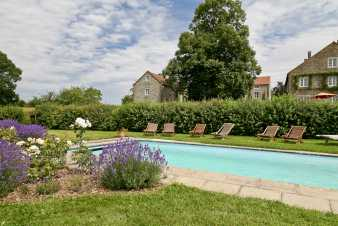 Authentic holiday house with pool for 12 pers. to rent in Dinant