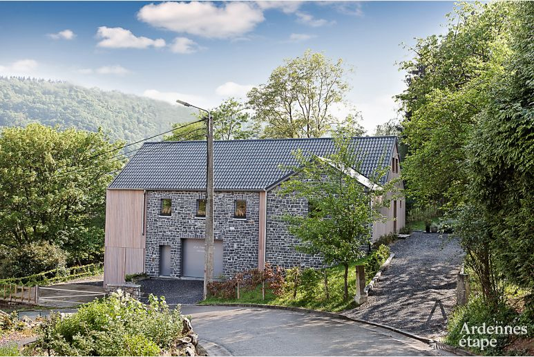 New luxury villa for 9 persons to rent in Dinant (Waulsort)