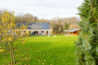 Holiday house with games room and infrared cabin to rent in Wéris