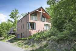 Newly built rental holiday home for 9 persons near Durbuy's golf course