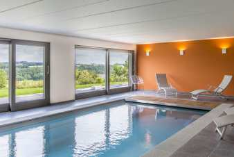 5-star holiday home with pool and sauna near Durbuy
