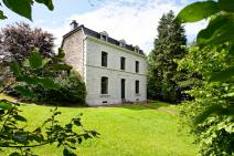 Manor house in Durbuy for your holiday in the Ardennes with Ardennes-Etape