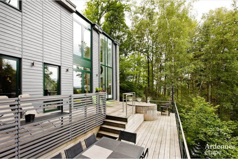 Beautiful villa with sauna and nordic bath for eight people in Durbuy