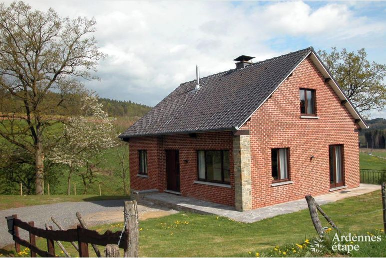 Renovated house for 10 persons in Erezée