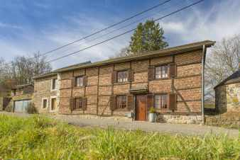 Holiday cottage in Erezée for 9 persons in the Ardennes
