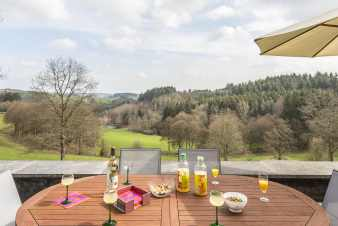 Country holiday cottage with superb view for 8 pers. in Fauvillers