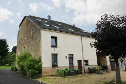 Apartment in Florenville for 9 persons in the Ardennes