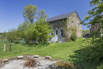 Charming holiday cottage for 12 persons in the heart of nature of Gouvy