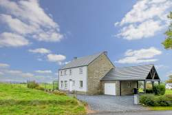 Recently built holiday cottage for 9 persons in Gouvy