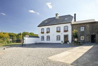 Holiday cottage in Gouvy for 14 persons in the Ardennes