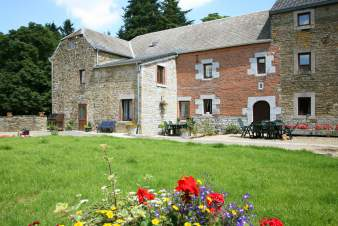 Small holiday farmhouse for 11 persons in Hamoir, Province of Liège