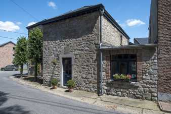 Holiday cottage in Hamoir for 6 persons in the Ardennes
