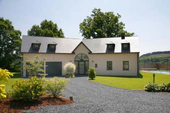 Holiday villa for 12 persons in Houffalize in the Belgian Ardennes