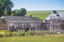 Castle-Farm in Huy for your holiday in the Ardennes with Ardennes-Etape