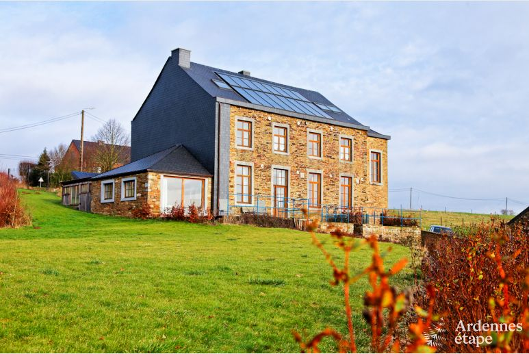 Luxurious holiday home with sauna for 21 people in Huy in the Ardennes