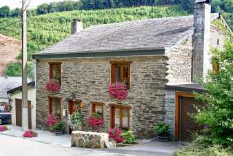 Cosy Ardennian holiday home for 9 pers. to rent in La-Roche-en-Ardenne
