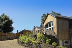 Cosy holiday cottage for 10 pers. to rent in Libramont