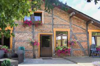 Bicentenary holiday cottage to rent for a stay in Lierneux