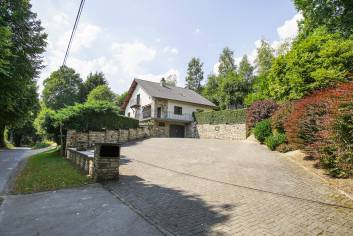 Pleasant gite for 9 people in Malmedy (Bellevaux) with wellness area