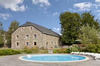 Holiday house with pool, sauna and billiards for 20 - 25 people in Malmedy (Xhoffraix)