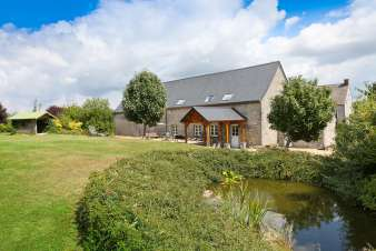 3-star rental farm holiday cottage for 10 persons near Maredsous